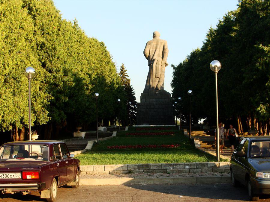 Подбор памятников Дубна Мемориальный комплекс из двух видов гранитов Сольвычегодск