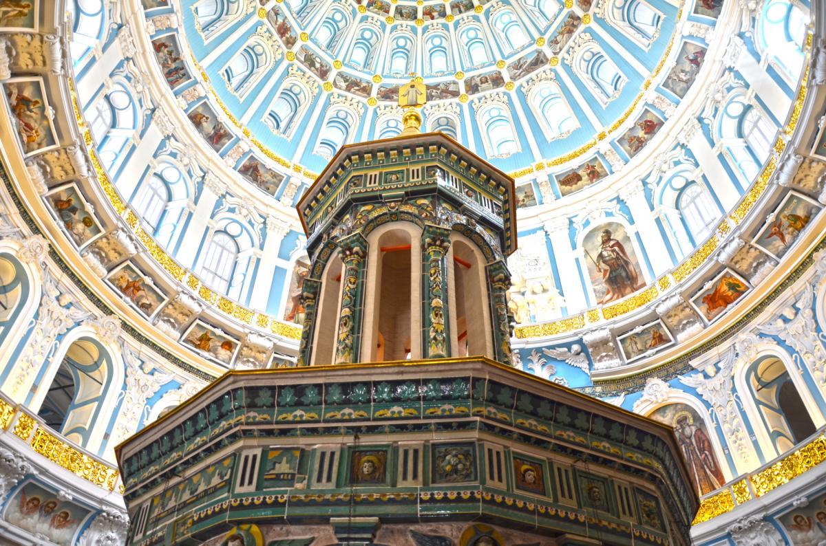 монастырь новый иерусалим фото внутри обои клеить