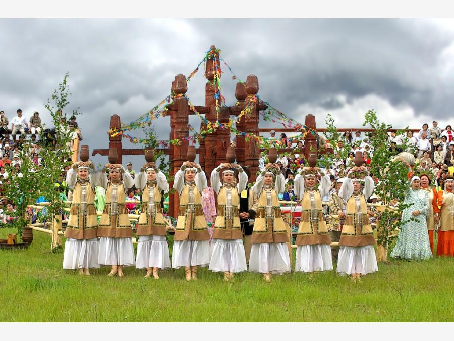 С якутским новым годом ысыах открытка, мультяшную картинку картинки