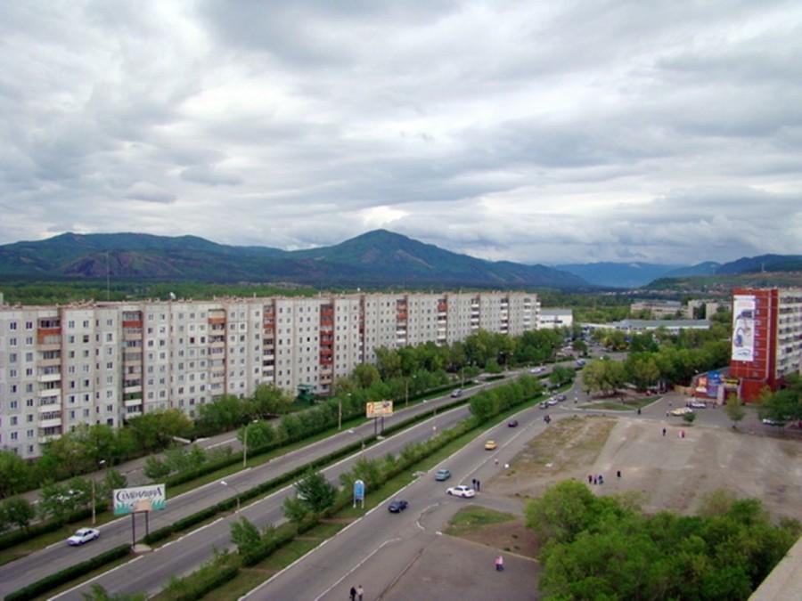 нему фото города саяногорска владеет