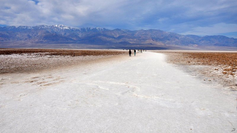 Death Valley - Badwater Basin (Долина смерти) - Фото №13